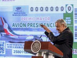 """AMLO """"cachito"""" avión presidencial"""