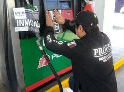 """Profeco """"agarró en la maroma"""" a gasolinerías que despachan litros incompletos"""