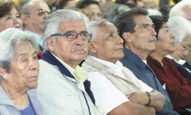 Se adelanta pago de pensiones a adultos mayores