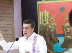 Donarán salarios los servidores públicos de Chiapas para combatir el COVID-19