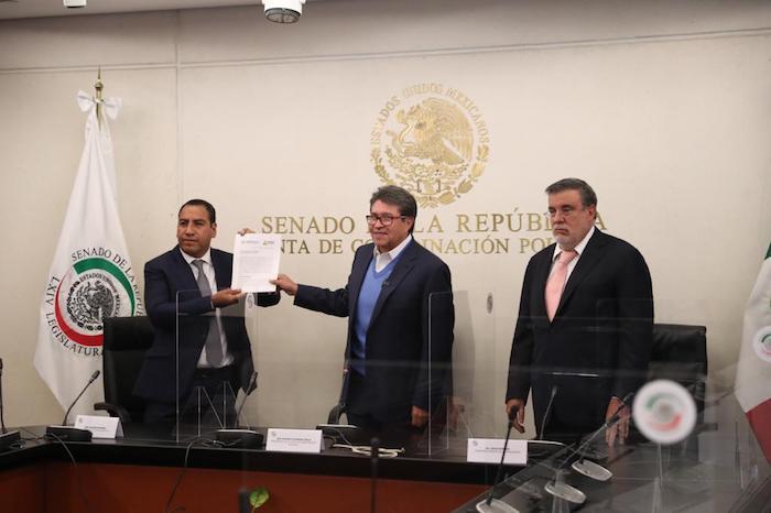 Senado de la República recibe solicitud para Consulta Popular contra expresidentes