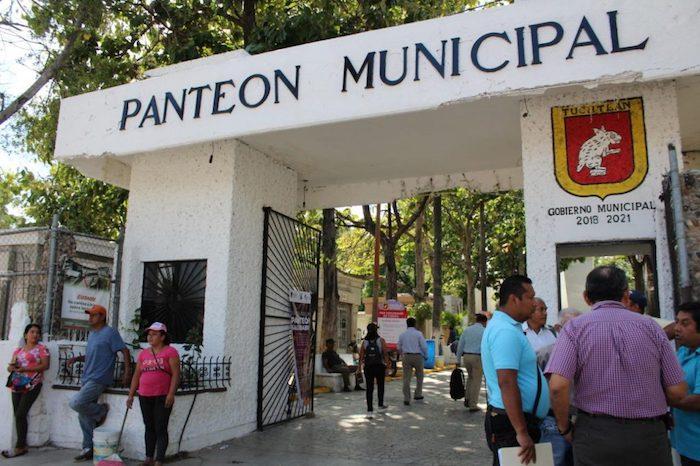 Por Día de Muertos, en Tuxtla se podrá visitar panteones pero con restricciones