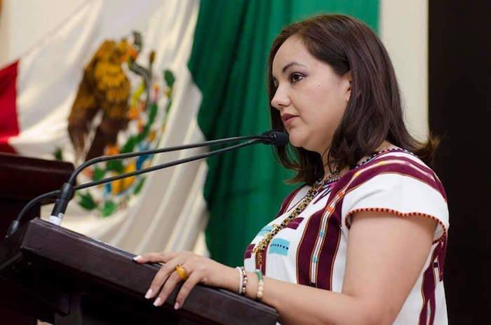 Florinda Lazos, promotora de derechos e igualdad de género: Bustamante Castellanos