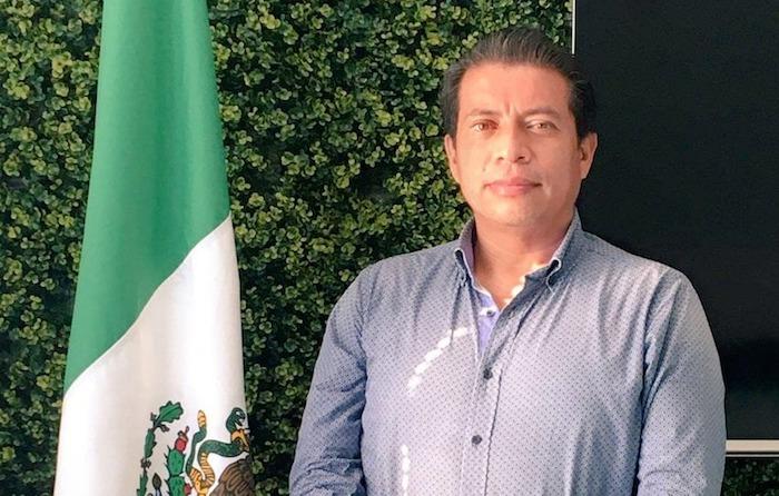 Fuerza Por México registra al doctor Vázquez Constantino por el distrito local 13