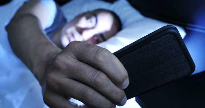 Dispositivos electrónicos afectan calidad del sueño: IMSS Chiapas