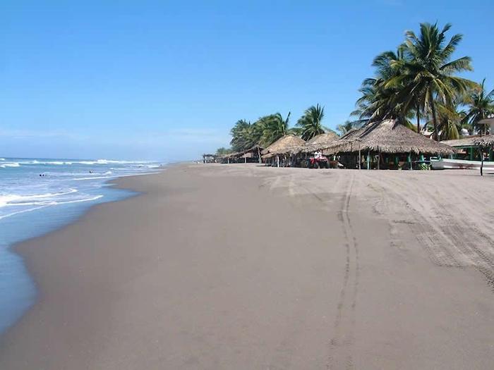 Ley seca y 50% de aforo en playas de Chiapas durante Semana Santa