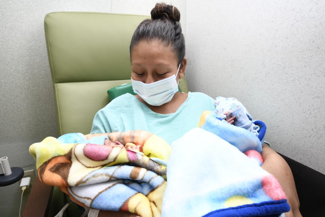 """Nacen trillizos en hospital """"Nueva Frontera"""" de Tapachula"""
