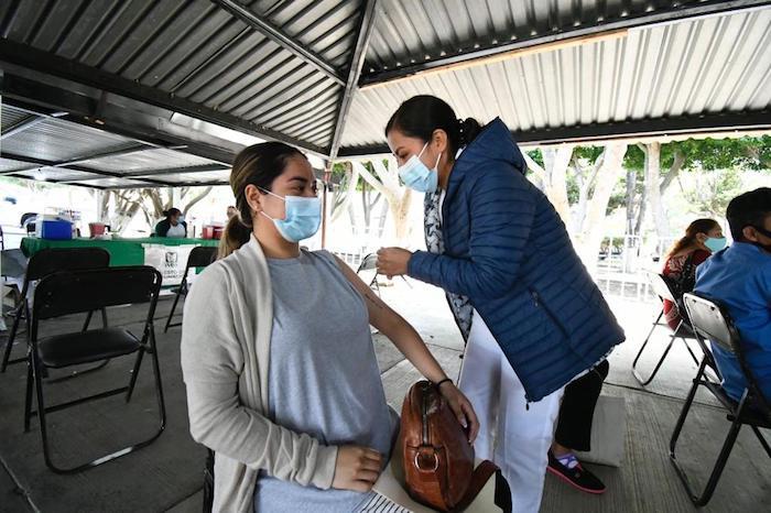 Avanza vacunación contra Covid-19 para personas de 50 a 59 años en Comitán