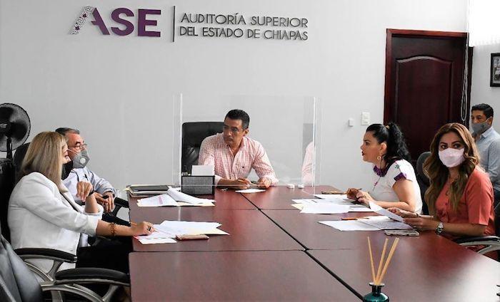 Analizan avances en la entrega de cuenta pública 2020 de los ayuntamientos chiapanecos