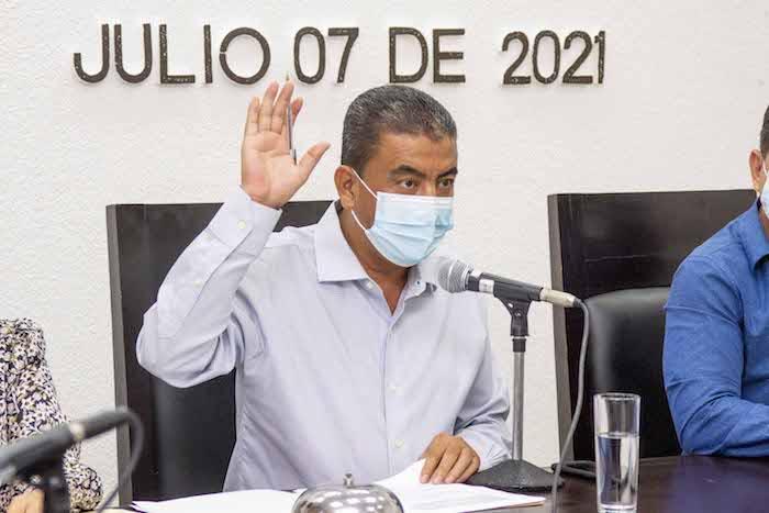 "Autorizan Iniciativa estatal referente al Aeropuerto ""Ángel Albino Corzo"""