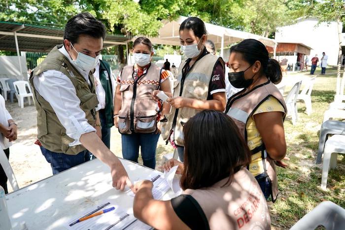 Más de 100 mil personas vacunadas con plan de reforzamiento de vacunación en Chiapas: Zoé Robledo
