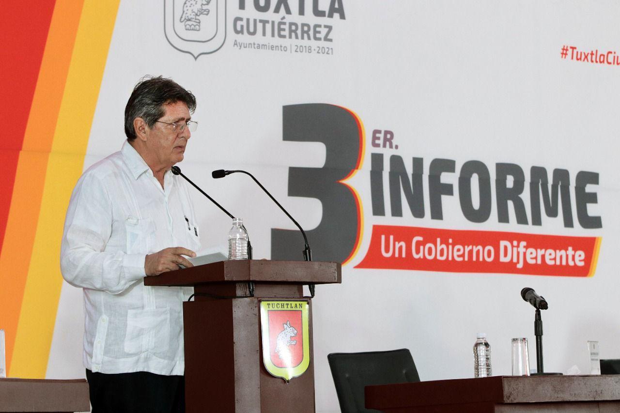 Carlos Morales destaca logros en su tercer Informe de Gobierno